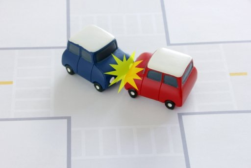 交通事故発生